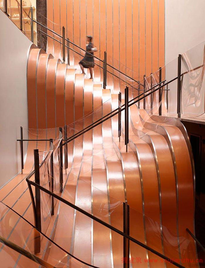 别墅楼梯带滑梯图片