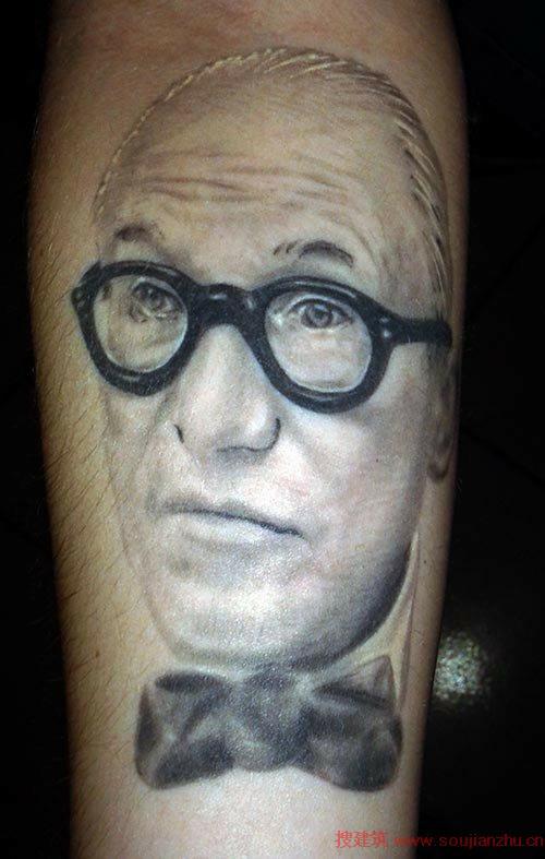 看设计师怎么玩建筑纹身图片