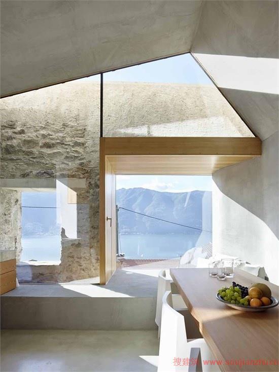 经过设计师的改造,一楼增添了一个小型白兰地酿酒室,二楼增加了