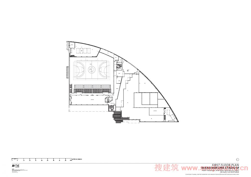 建筑师:ARM Architecture 地点:澳大利亚 面积:4500平方米 年份:2012 Wanangkura体育场是黑德兰港新的多功能娱乐中心。该中心的名称是从数百个征集名称选出来的,在当地语是旋风的意思。 这座大型的娱乐性建筑色彩鲜明,蓝黑交接,与当地橘色地貌形成强烈对比。体育场外观犹如海市蜃楼般玄妙,成为当地一大标志性建筑。主建筑内包含室内篮球场、羽毛球场、排球场、足球场、壁球场、体育馆、俱乐部、多功能大厅、400人活动坐席,同时室外无板篮球场(arenas for netbal)
