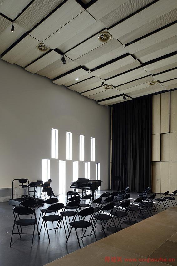 艺术长廊框架图片