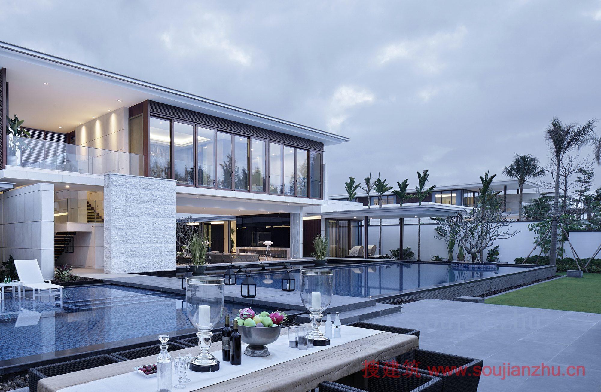 面积:1200平方米 年份:2014  成路海景别墅,位于海南岛东