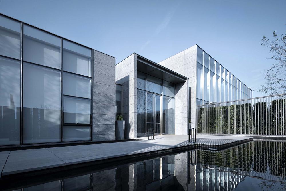 搜建筑网--武汉六和图书馆---花山比赛御泥坊包装设计设计图片